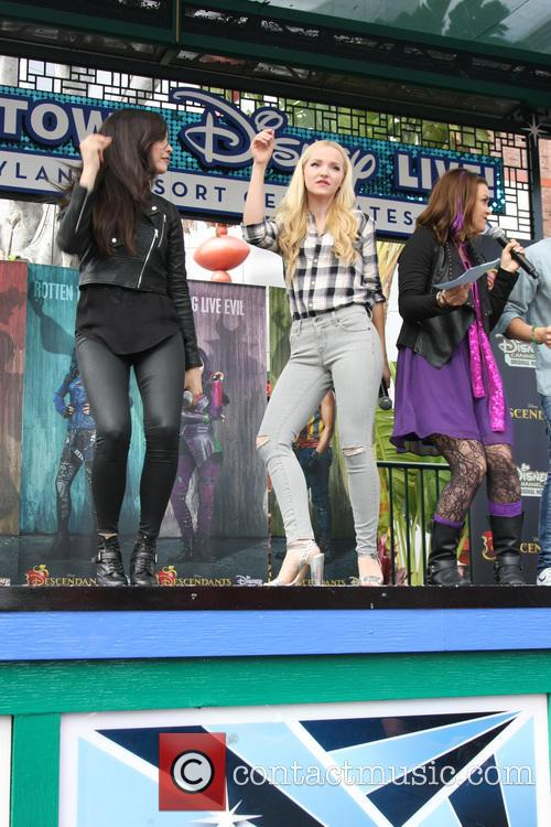 Sofia Carson and Dove Cameron 1