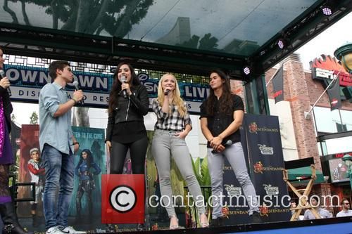 'Descendants' perform at Downtown Disney