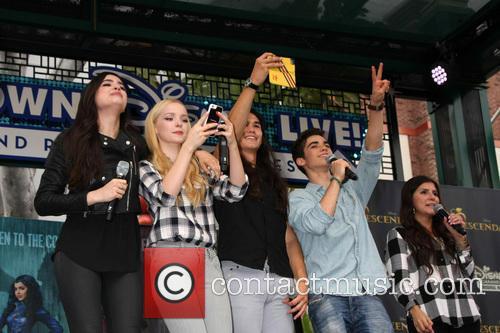 Sofia Carson, Dove Cameron, Booboo Stewart and Cameron Boyce 1