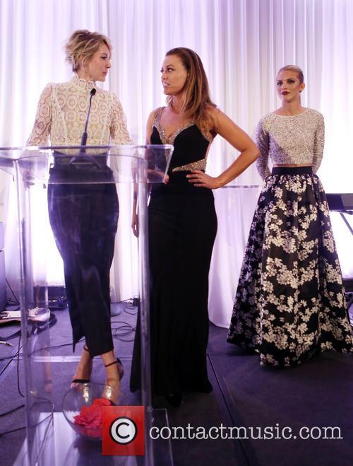 Jenna Elfman, Kim Biddle and Annalynne Mccord 2