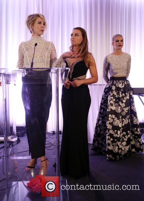 Jenna Elfman, Kim Biddle and Annalynne Mccord 3