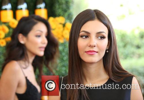 Melanie Iglesias and Victoria Justice 3