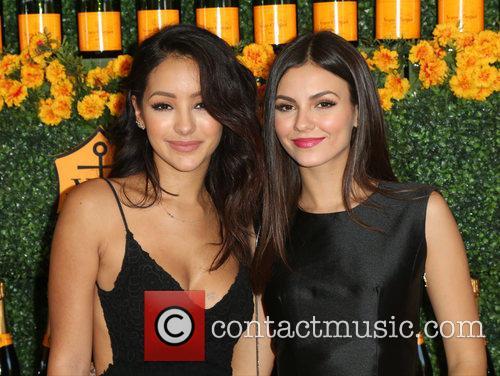 Melanie Iglesias and Victoria Justice 5