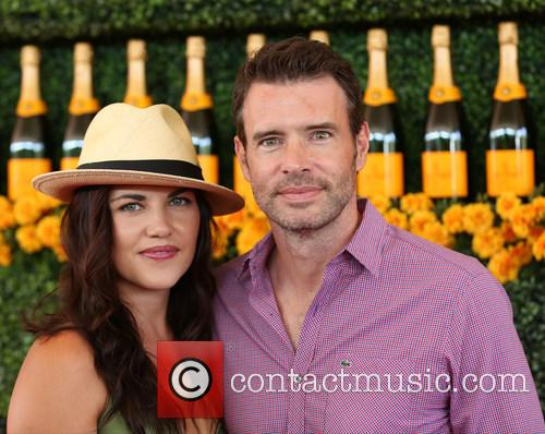 Marika Dominczyk and Scott Foley 2