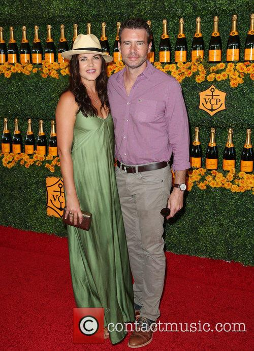 Marika Dominczyk and Scott Foley 3