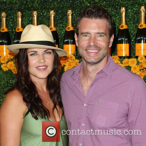 Marika Dominczyk and Scott Foley 1