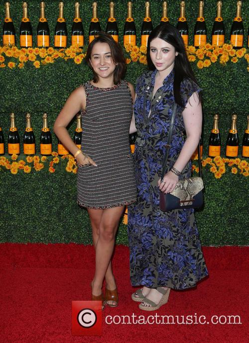 Zelda Williams and Michelle Trachtenberg 2