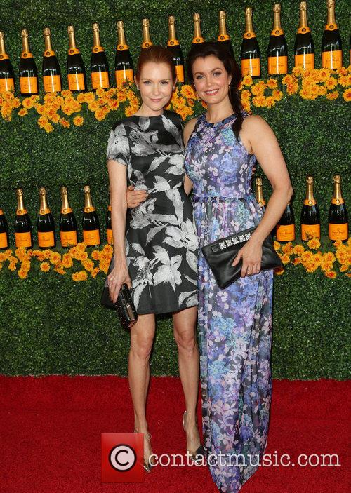 Darby Stanchfield and Bellamy Young 5