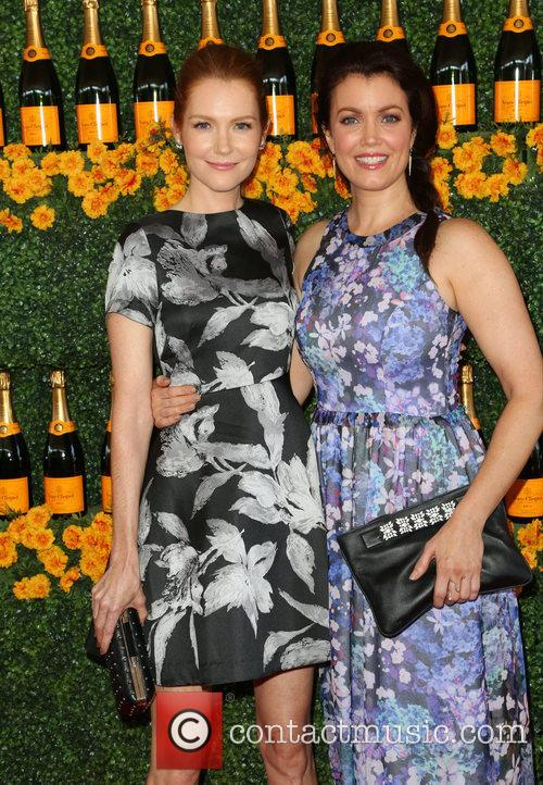 Darby Stanchfield and Bellamy Young 1