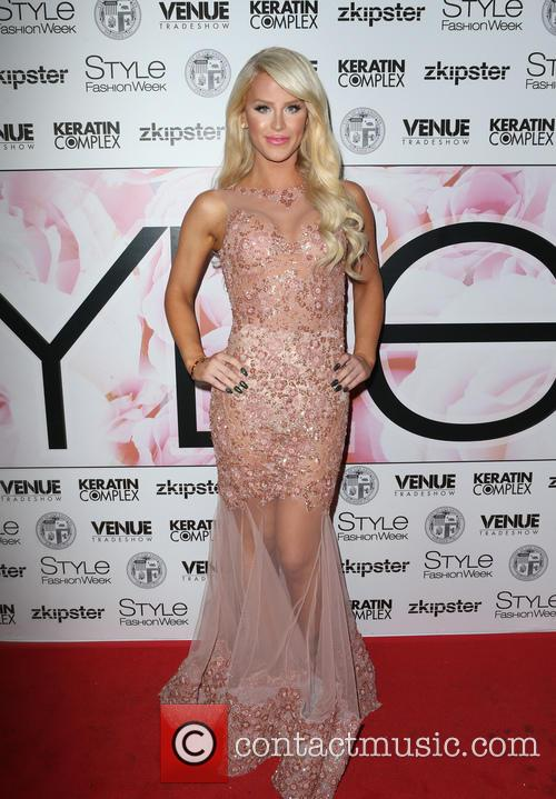 Gigi Gorgeous 6