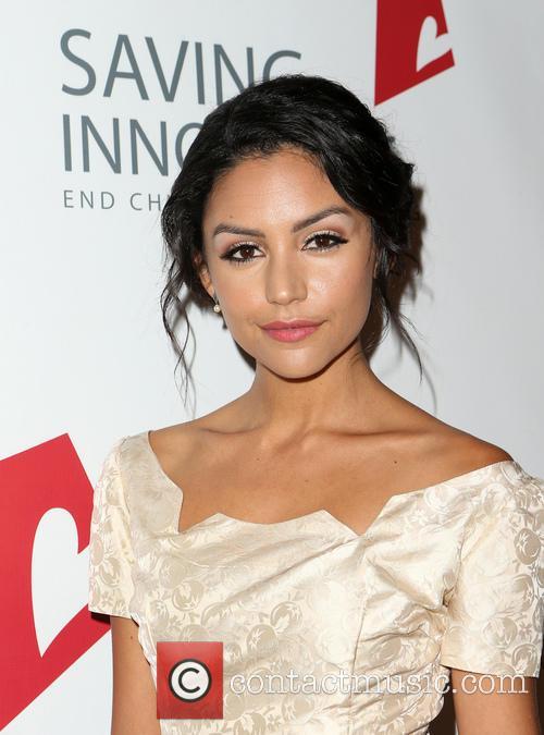 Bianca Santos 4