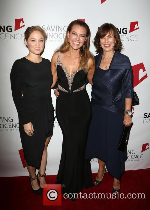 Erika Christensen, Kim Biddle and Anne Archer 2