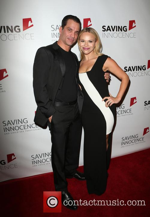 Jonathon Schaech and Julie Solomon 5