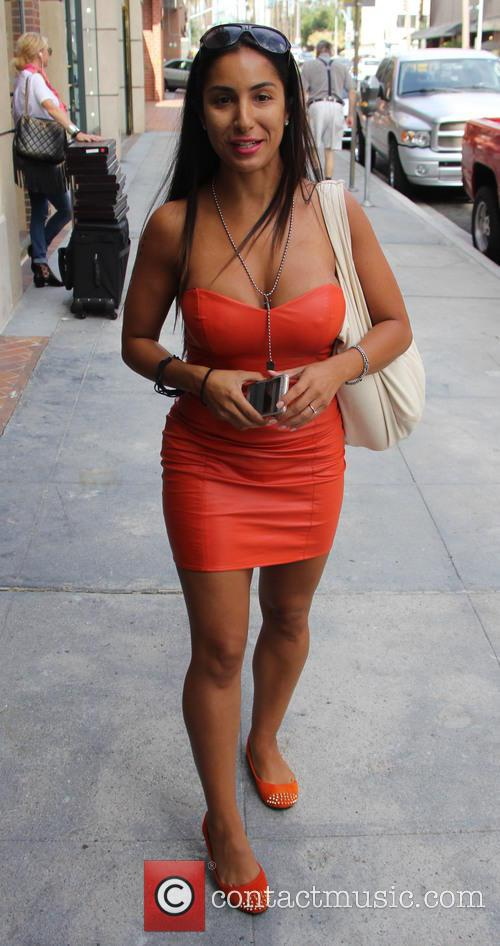 Liana Mendoza 5