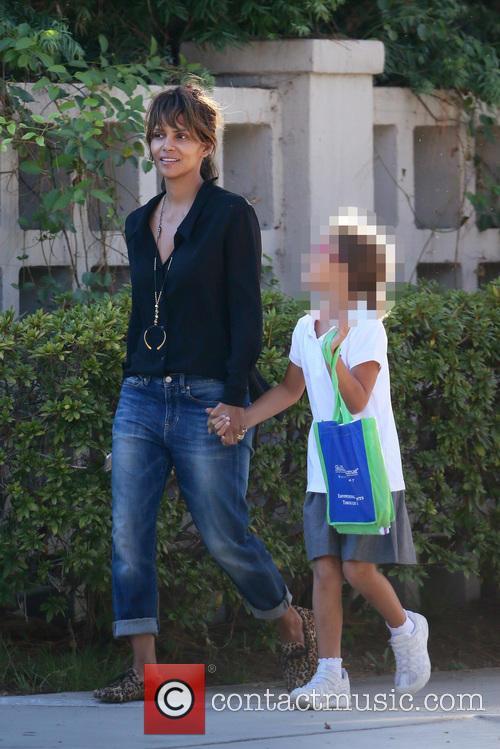 Halle Berry and Nahla Aubry 7
