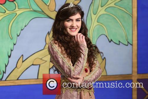 Carla Nella 4