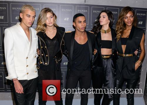 Gigi Hadid, Olivier Rousteing, Kendall Jenner and Jourdan Dunn 1