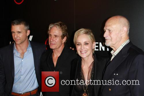 Jeff Hephner, John Shea, Sharon Stone and Gerald Mcraney 3