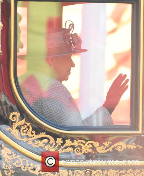Chinese President Xi Jinping and Queen Elizabeth Ii 10