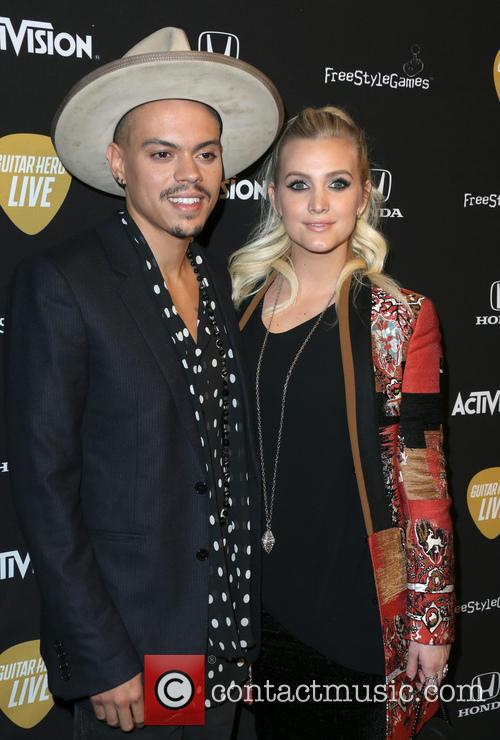 Evan Ross and Ashlee Simpson Ross 1