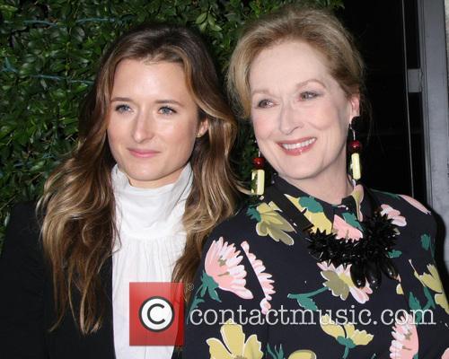 Grace Gummer and Meryl Streep 2