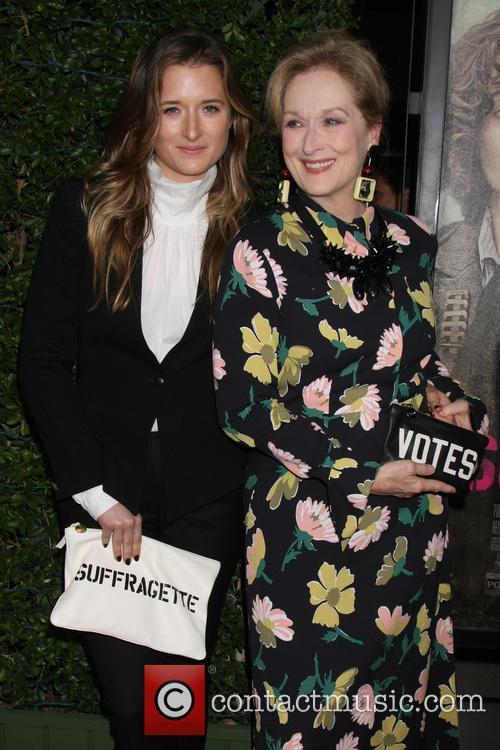 Grace Gummer and Meryl Streep 3