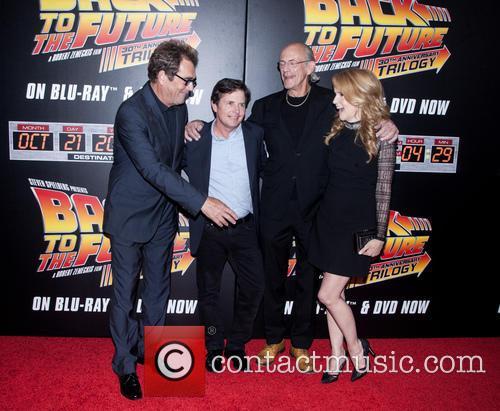 Huey Lewis, Michael J. Fox, Christopher Lloyd and Lea Thompson 6