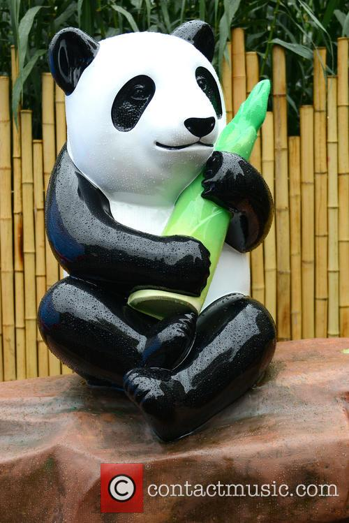Ming The Giant Panda Statue 2