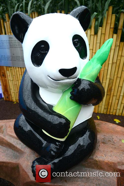 Ming The Giant Panda Statue 3