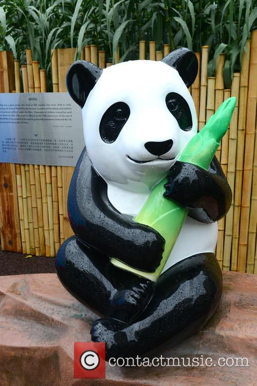 Ming The Giant Panda Statue 4