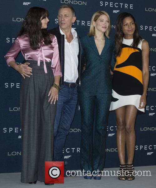 Atmosphere, Daniel Craig, Lea Seydoux and Naomi Harris 2
