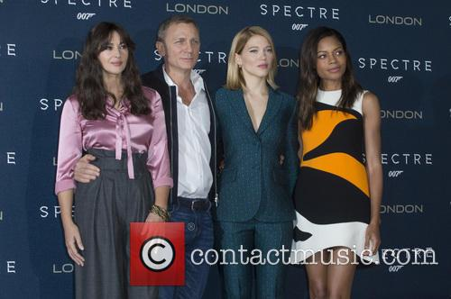 Atmosphere, Daniel Craig, Lea Seydoux and Naomi Harris 1