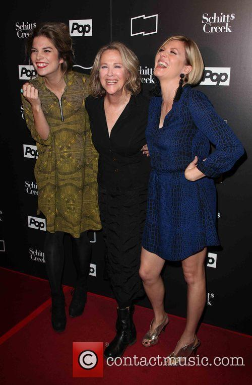 Annie Murphy, Catherine O'hara and Jennifer Robertson 2