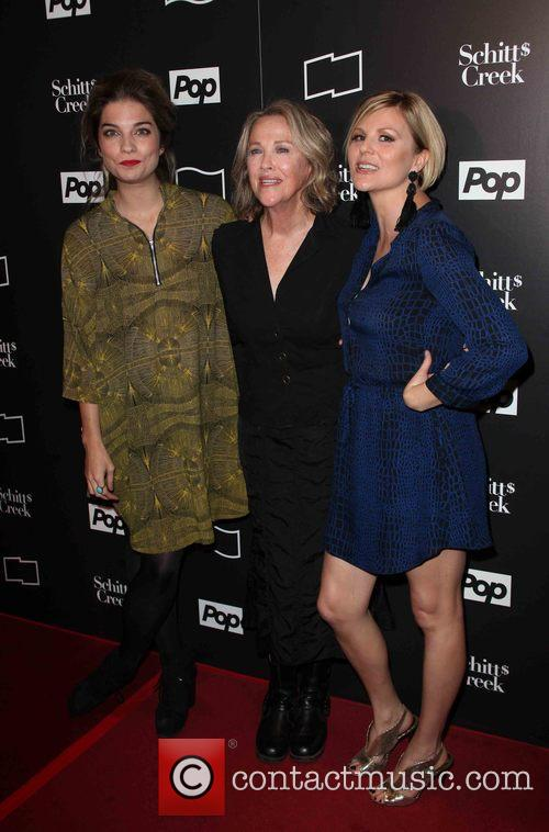Annie Murphy, Catherine O'hara and Jennifer Robertson 1