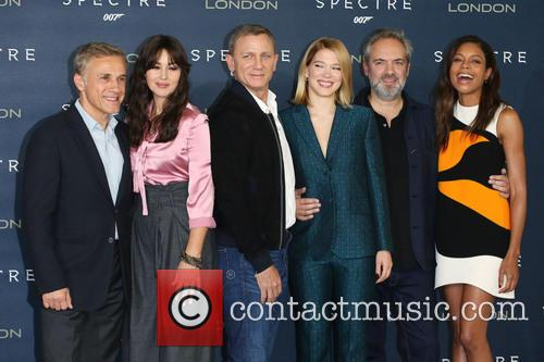 Monica Bellucci, Daniel Craig, Lea Seydoux, Christoph Waltz, Sam Mendes and Naomie Harris 1