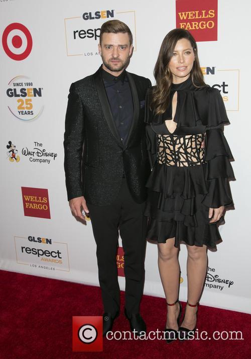 Justin Timberlake and Jessica Biel 11
