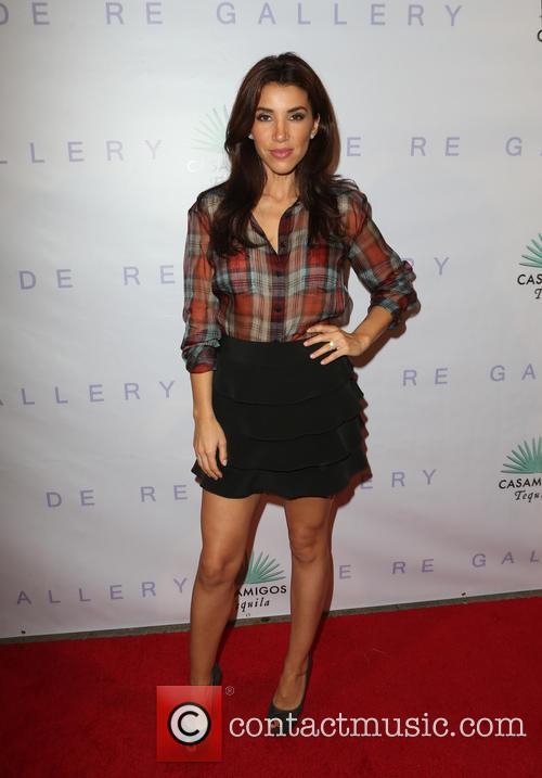 Adrianna Costa 5