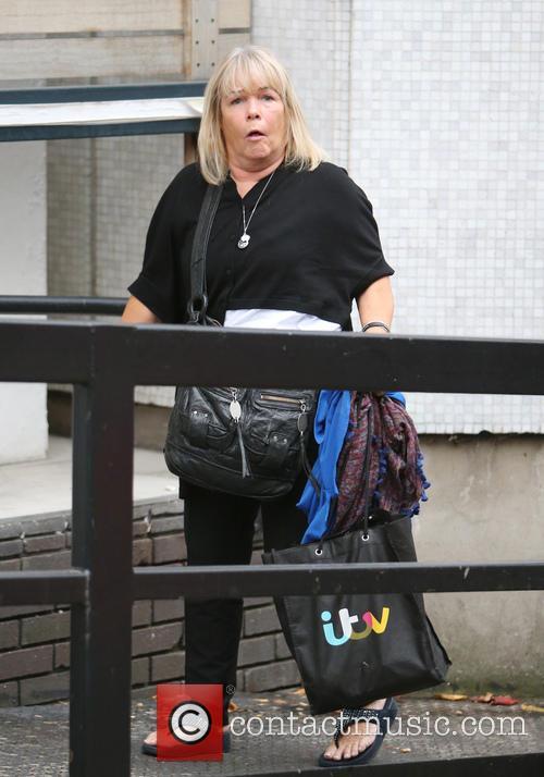 Linda Robson 6
