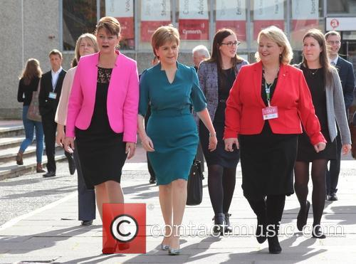 Nicola Sturgeon and Leanne Wood 1