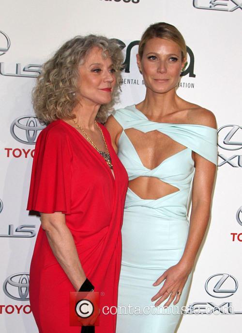 Gwyneth Paltrow and Blythe Danner 3