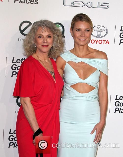 Gwyneth Paltrow and Blythe Danner 4