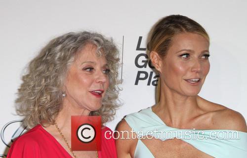 Gwyneth Paltrow and Blythe Danner 5