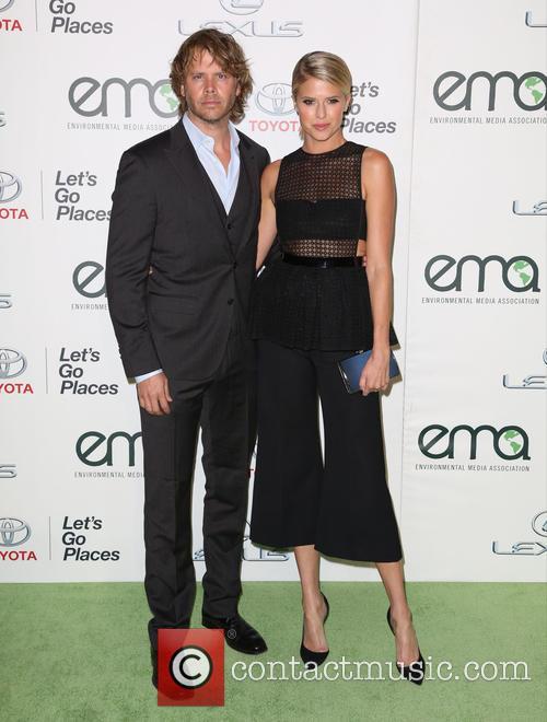 Eric Christian Olsen and Sarah Wright Olsen 3
