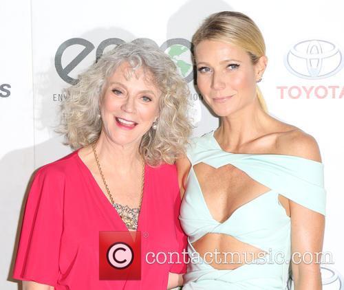 Blythe Danner and Gwyneth Paltrow 6