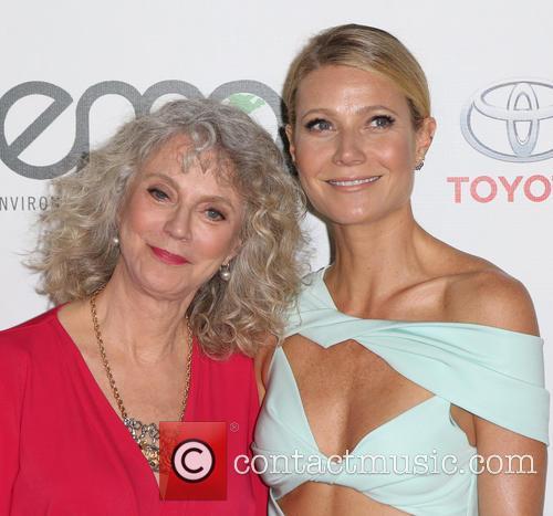 Blythe Danner and Gwyneth Paltrow 7