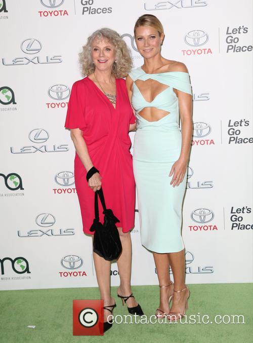 Blythe Danner and Gwyneth Paltrow 8
