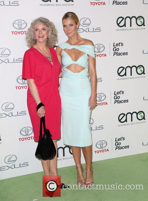 Blythe Danner and Gwyneth Paltrow 11