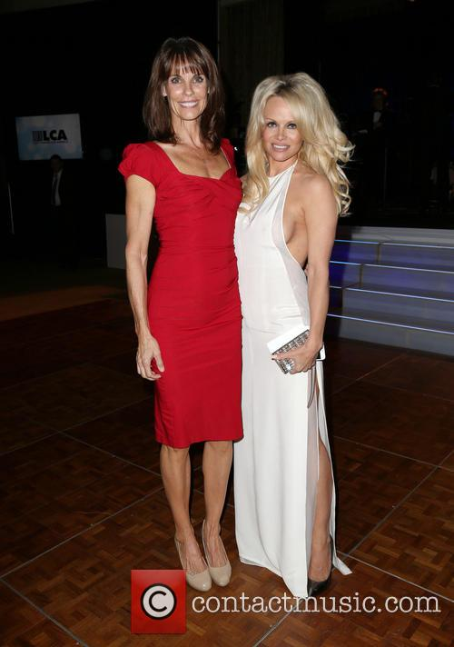 Alexandra Paul and Pamela Anderson 3