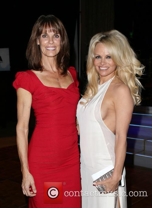 Alexandra Paul and Pamela Anderson 5