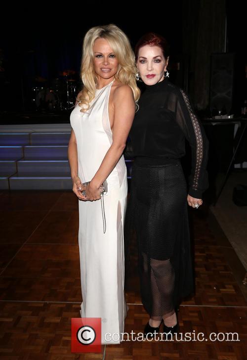 Pamela Anderson and Priscilla Presley 4
